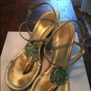 Lilly Pulitzer wedge Gold sandal 8.5 jewel